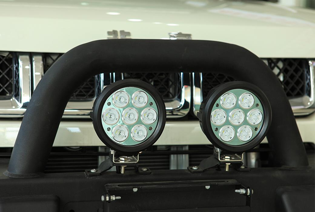 BJ40/BJ40L 前杠LED射灯